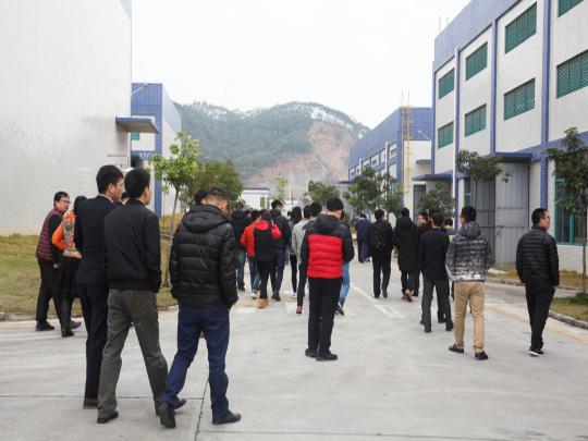 客户参观生产基地06